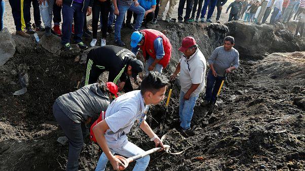 Tovább nőtt a mexikói vezetékrobbanás halálos áldozatainak száma