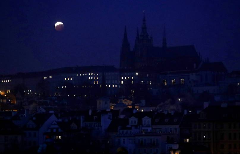 A legszebb képek a hétfői holdfogyatkozásról (VIDEÓ)