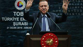 Erdoğan: Faiz ve enflasyon düşmüş ama meyve sebze fiyatı düşmüyor
