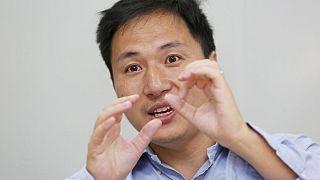 Bebek genleri ile oynayan Çinli bilim insanı üniversiteden kovuldu