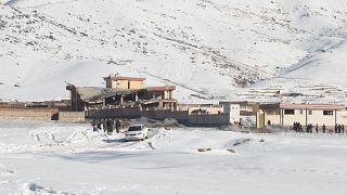 Afganistan: Taliban militanlarının vurduğu Wardak kentindeki askeri üs