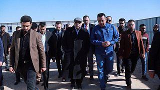 رئيس الوزراء العراقي يزور البصرة ويعد بخدمات أفضل