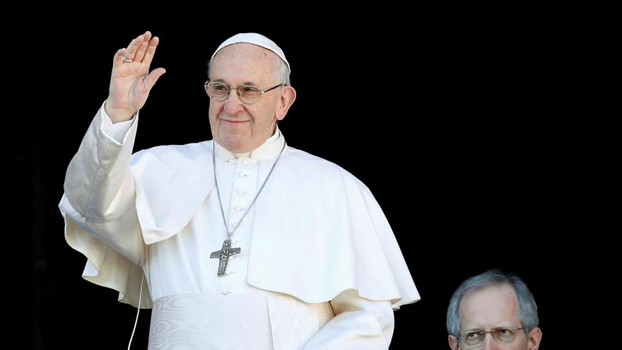 Pope Francis launches 'Click to Pray' app in six languages