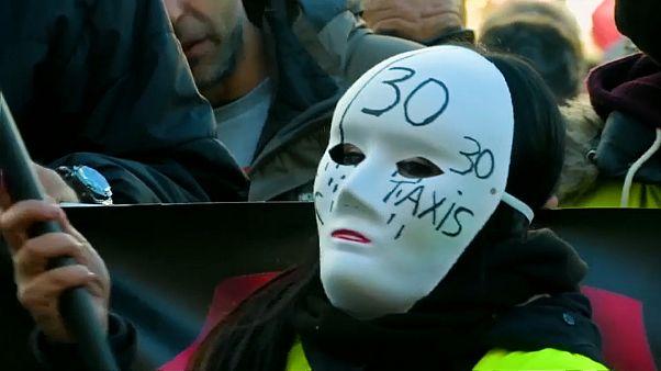 İspanya'da Sarı Yelekli taksiciler grevde