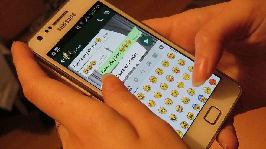 WhatsApp'ın 1 mesajın paylaşılmasını 5 kişiyle sınırlaması ne anlama geliyor?