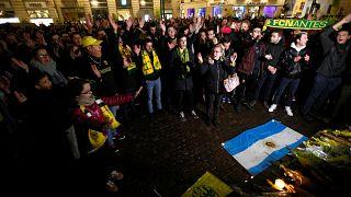 """Фанаты ФК """"Нант"""" собрались в центре города в знак поддержки Э.Сала"""