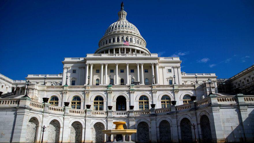 چرا دولت فدرال آمریکا تعطیل میشود؟