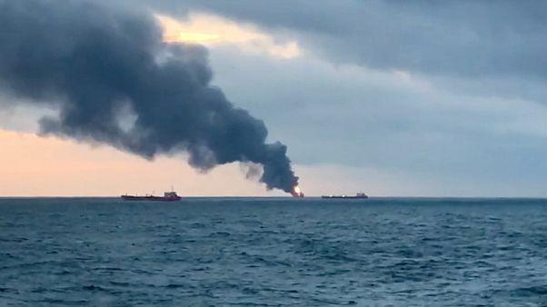 Κριμαία: 14 νεκροί από έκρηξη και σύγκρουση πλοίων στο Στενό του Κερτς