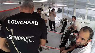 Die Spindrift-Crew auf ihrem Boot