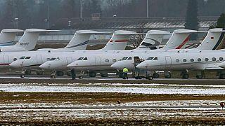 Davos'a katılanlar bin 500 jet kullandı: Zirvede küresel ısınma da tartışılıyor