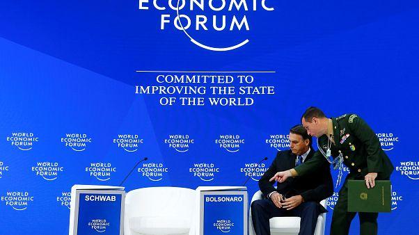 """Davos : Bolsonaro défend son """"nouveau Brésil"""""""
