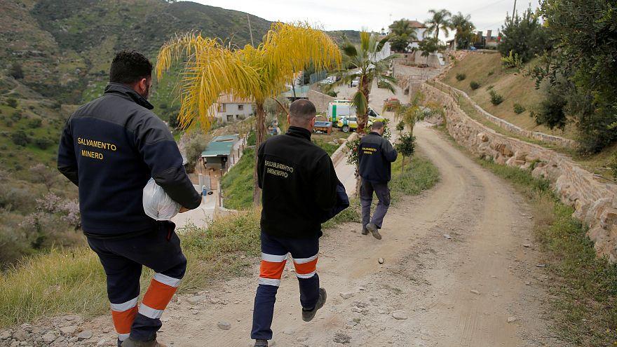 Los mineros, a la espera inminente de entrar a rescatar a Julen en cuanto se complete la obra