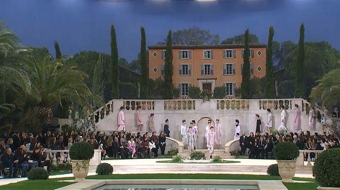 Fashion Week à Paris : absence remarquée de Karl Lagarfeld au défilé Chanel