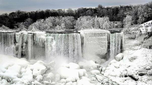 یخبندان شدید در آبشار نیاگارا