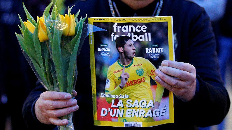 Arjantinli futbolcu Sala'nın da bulunduğu kayıp uçağı arama çalışmaları durdu