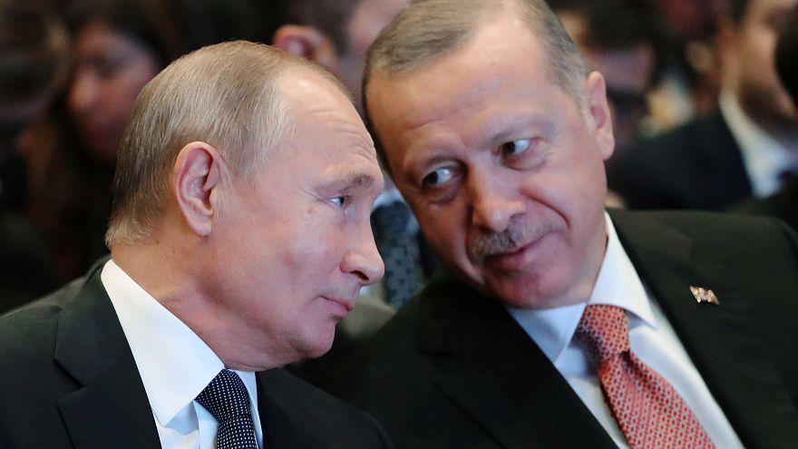 الرئيسان التركي رجب طيب إردوغان والروسي فلاديمر بوتين في إسطنبول 19/11/2018