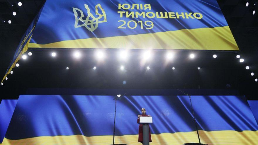 Tymoshenko lança candidatura à presidência