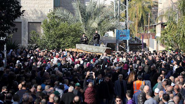 فيديو: جنازة مهيبة للطالبة الفلسطينية آية مصاروة التي قتلت في أستراليا