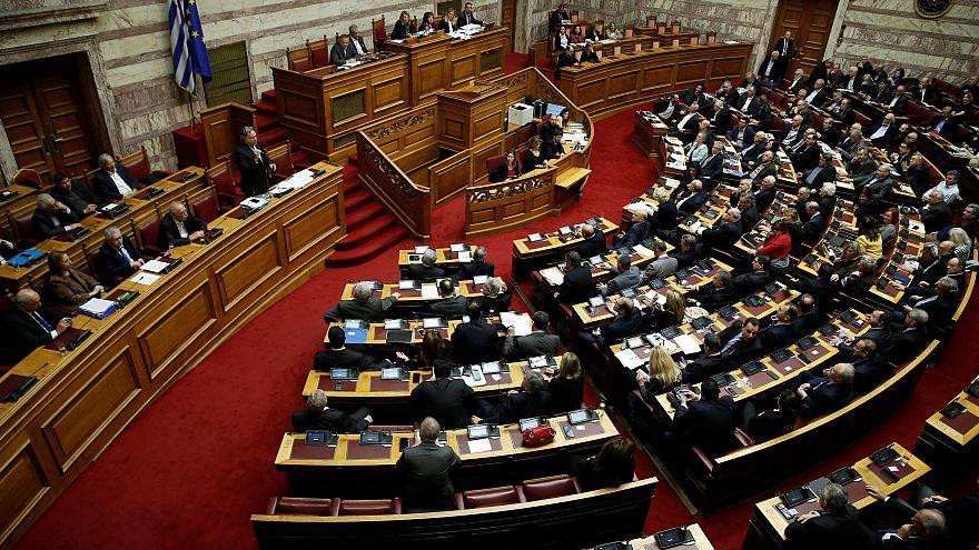 Греческая оппозиция грозится помешать переименованию БЮР Македония