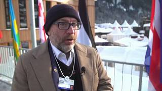 Raw Politics: Wikipedia CEO Jimmy Wales on fighting the spread of fake news