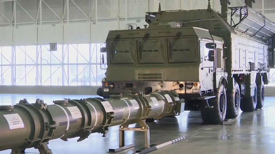 روسيا تستعرض صاروخاً جديداً يؤجج أزمة المعاهدة النووية مع أمريكا