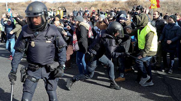 Verkehrschaos in Madrid: Ausschreitungen von Taxifahrern