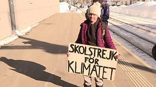 حضور دختر نوجوان سوئدی در داووس: فکری به حال گرمایش زمین کنید