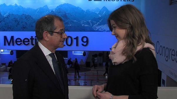 Давос-2019: Триа обещает следовать плану бюджета