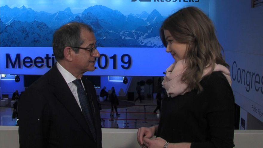 Νταβός: Το ζήτημα με την Ευρώπη έχει διευθετηθεί, λέει ο Ιταλός υπουργός Οικονομικών