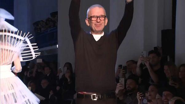 Fashion week de Paris : Armani, Valentino et Gaultier marquent la 3ème journée