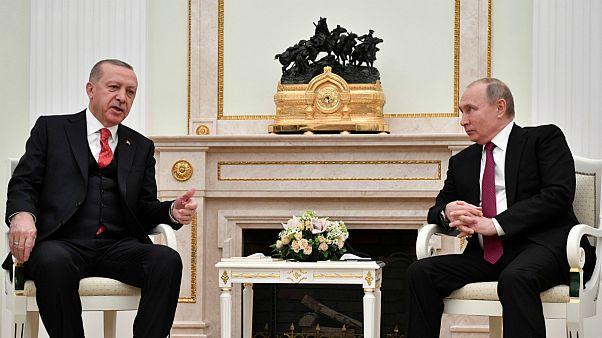 بحران سوریه؛ آمادگی پوتین برای میزبانی نشست مشترک با ایران و ترکیه