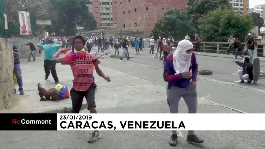 Des manifestations monstres contre Nicolas Maduro au Venezuela