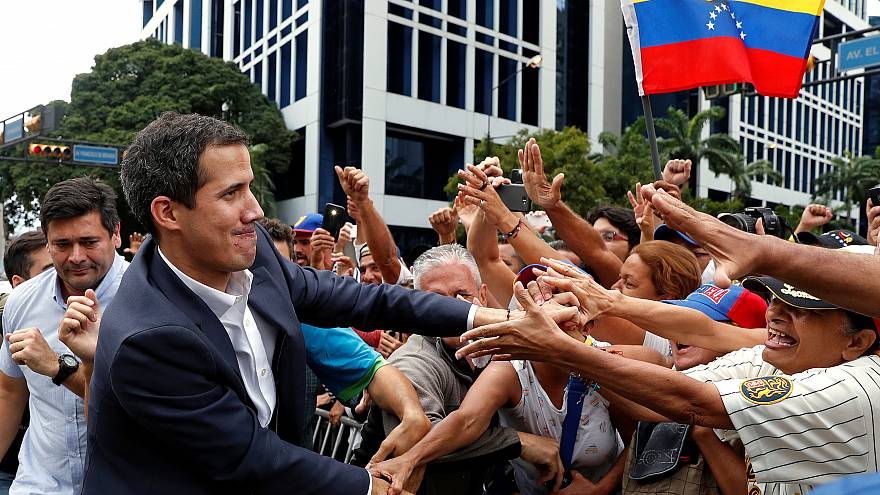 Почему в Венесуэле продолжаются протесты? Поясняет журналист Euronews
