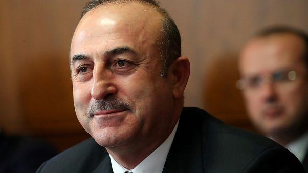 أوغلو: تركيا قادرة على إقامة منطقة آمنة في سوريا.. ونتواصل مع الحكومة السورية