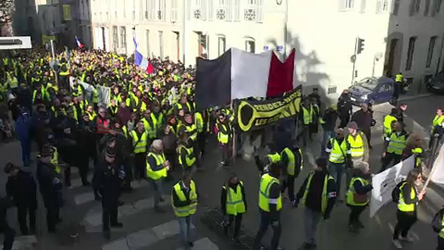 France: Yellow vests to run in European elections