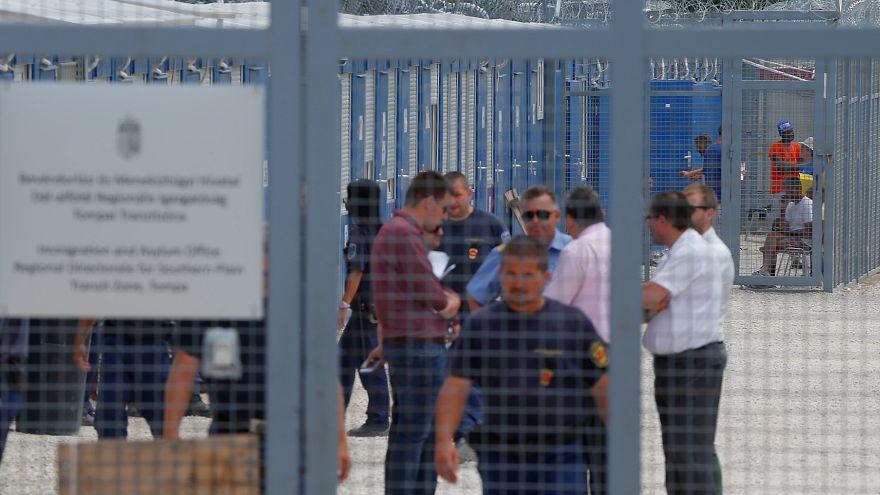 الاتحاد الأوروبي يكثف إجراءاته ضد المجر لتجريمها تقديم الدعم للمهاجرين
