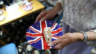"""Британский сайт предлагает паникерам запастись едой к """"брекситу"""""""