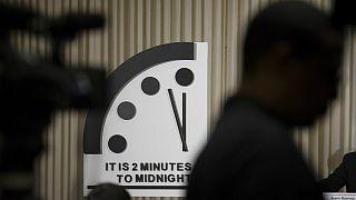 ساعت آخرالزمان؛ بشر همچنان دو دقیقه فرصت دارد