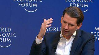 Kurz: az EP-választásig lehet halasztani a brexitet