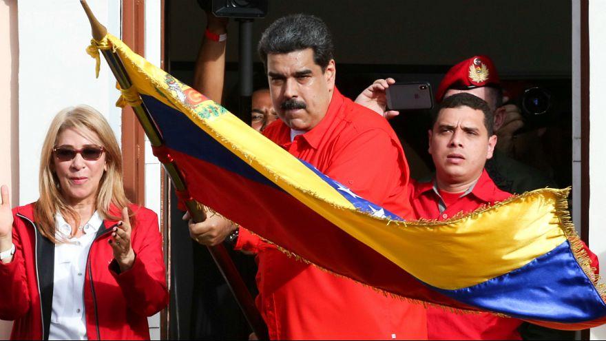 کشمکش سیاسی در ونزوئلا؛ آمریکا به دنبال قطع درآمد نفتی دولت مادورو است