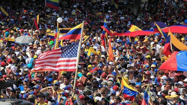 ABD, Venezuela'daki kriz için BM Güvenlik Konseyi'ni acil toplantıya çağırdı