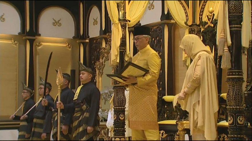 malezya kralı