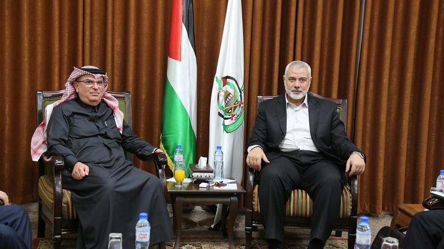 حماس ترفض منحة قطر لدفع رواتب موظفي غزة
