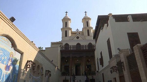 شاهد: الكنيسة المعلقة في القاهرة ترتفع عن الأرض 13 مترا