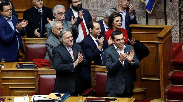 Griechenland billigt Abkommen im Namensstreit mit Mazedonien