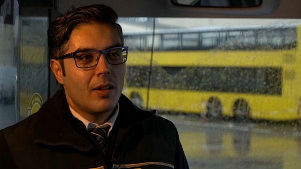 كيف تحول طالب جامعي سوري إلى قيادة الحافلات في برلين؟