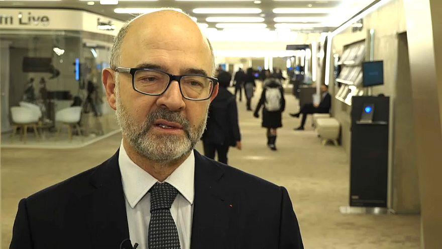 """Pierre Moscovici: """"No podemos decidir por los británicos"""""""