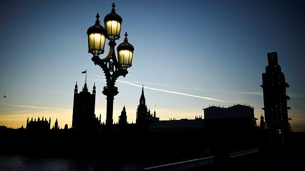 Η «αστεία» διαδικασία της ψηφοφορίας στο Βρετανικό Κοινοβούλιο