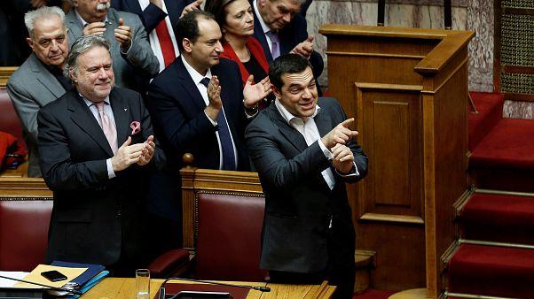Yunanistan Parlamentosu, Makedonya ile varılan isim sorunu anlaşmasını onayladı