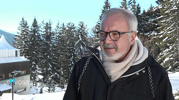 EIB-Präsident Hoyer will harten Brexit vermeiden